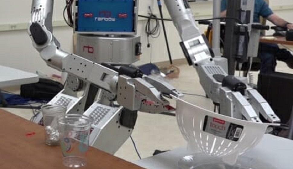Robot lifts bowl